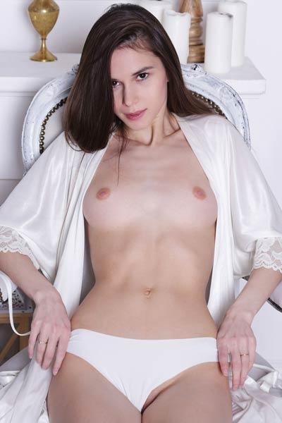 Model Leona Mia in Satin Touch