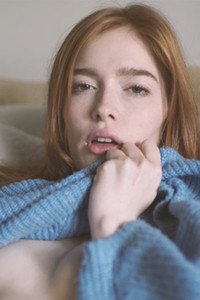 Model Jia Lissa in Craving