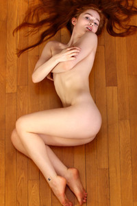 Model Jia Lissa in Lust And Wine 1
