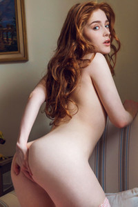 Model Jia Lissa in The Art of Seduction 1
