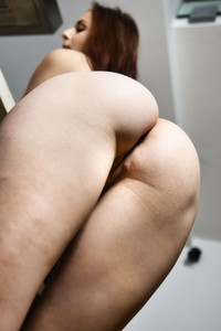 Model Antonia Sainz in Lost Phone 1